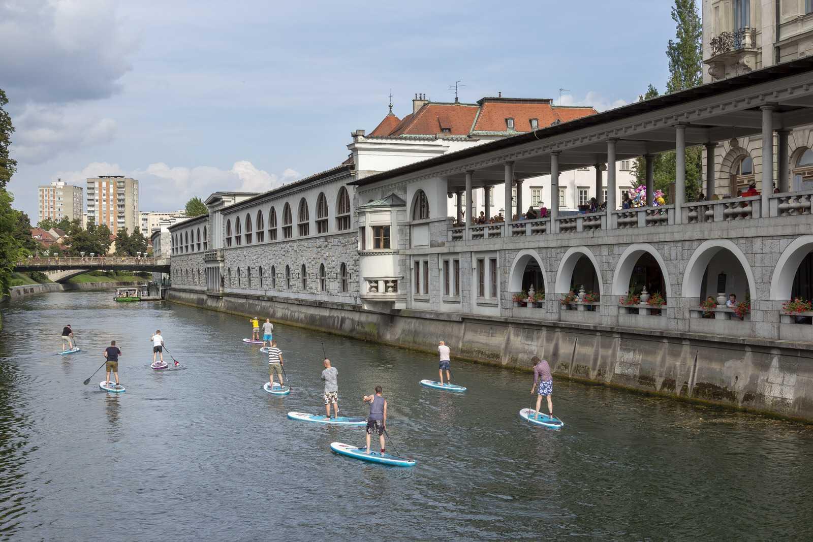 Sups on Ljubljanica river only minutes from 2-bedroom apartment Ljubljana Beethovnova