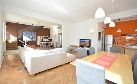 Gradaška Maxi Duplex Apartment. 3 Bedroom ...